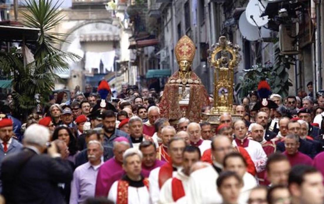 San Gennaro, salta la processione di maggio