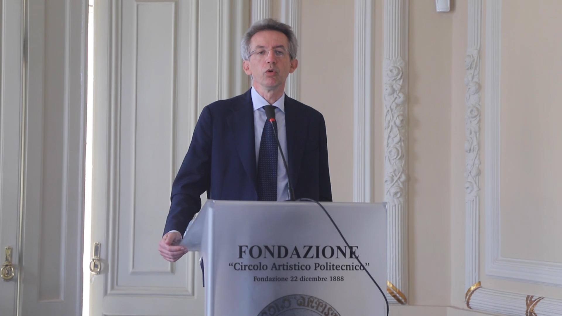 Manfredi presenta la sua candidatura a sindaco