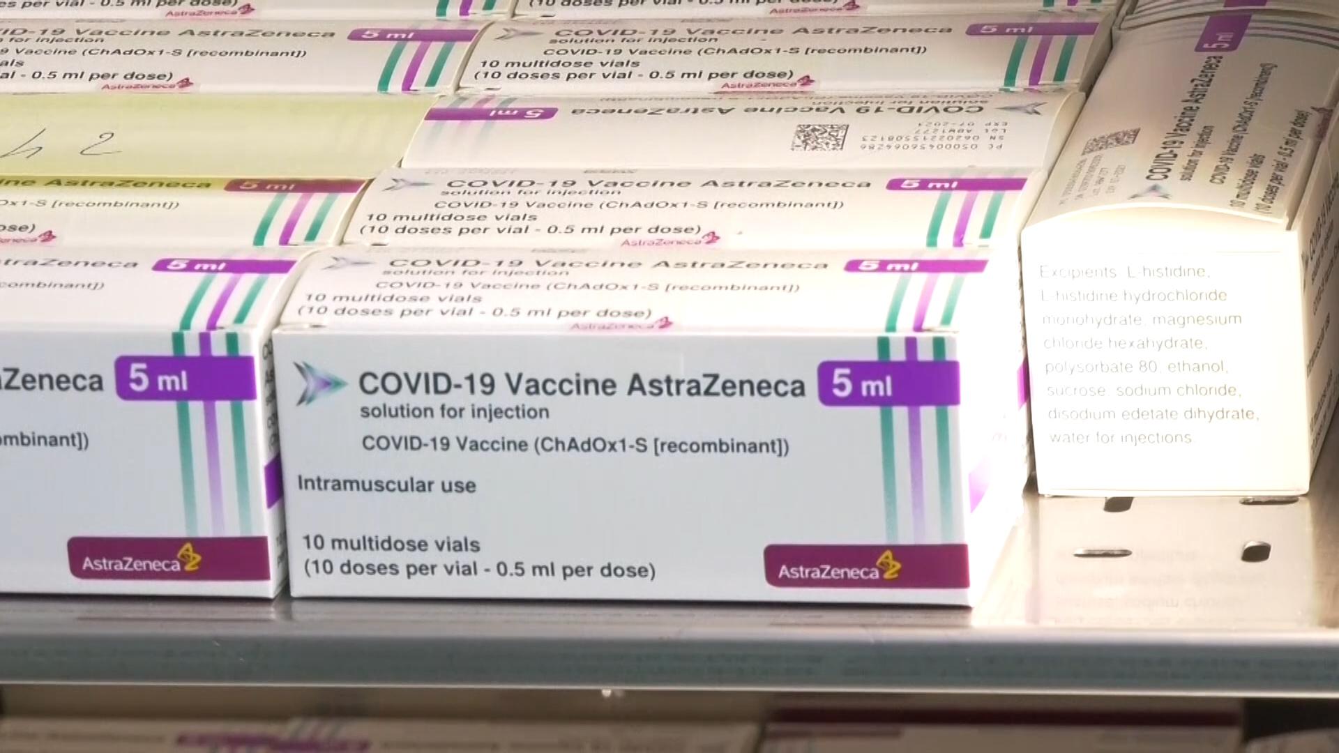 Vaccini ai giovani. Verso lo stop agli AstraDay